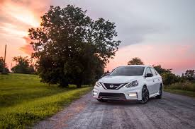 nissan sentra 2017 red review 2017 nissan sentra nismo canadian auto review