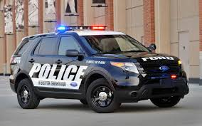 jeep police package ford explorer police interceptor utility best selling cop car