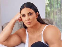 Muscle Woman Meme - gym kardashian kim kardashian has muscular arms in a new meme