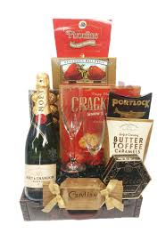 valentines baskets supreme chagne gift basket by pompei baskets