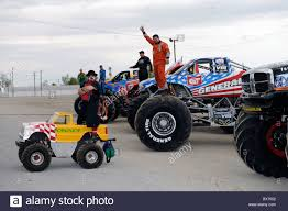 monster truck freestyle videos monster truck drivers wave to crowd at freestyle competition at