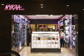 store in mumbai up brand nykaa goes offline with its store in andheri lbb