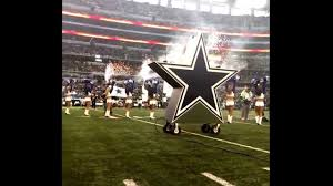 dallas cowboys flag team runout vs raiders thanksgiving day