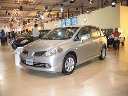 nissan tiida latio 2015 file nissantiidalatio jpg wikimedia commons