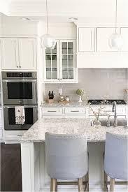 kitchen cabinet backsplash white kitchen cabinets backsplash pictures philanthropyalamode