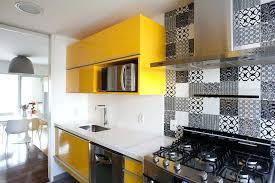 cuisine jaune et grise charmant cuisine jaune et gris galerie et cuisine jaune et bleu