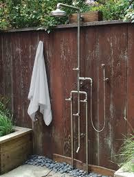Outdoor Shower Enclosure Camping - best 25 outdoor shower fixtures ideas on pinterest outdoor