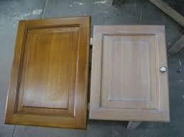 portes de placard de cuisine relooking d une cuisine grâce à sa façade cérusée atelier de l