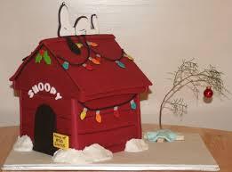 snoopy cakes snoopy christmas cake neatorama