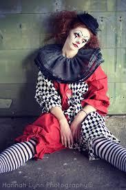 Scary Halloween Costumes Girls 25 Clown Costume Ideas Clown Makeup