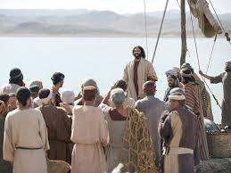 free bible images jesus feeds 5000 men plus women and children