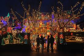 map find dazzling holiday light displays in your neighborhood