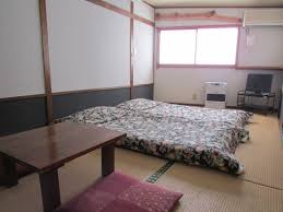 Japanese Style Bedroom by Japanese Style Platform Bed Made From Pallet Wood Album On Imgur