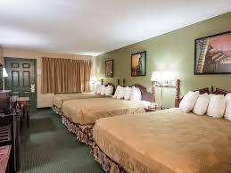 2 bedroom suites in branson mo branson hotel rooms angel inn near imax in branson mo