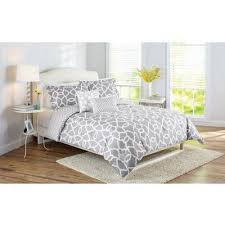 Washer Capacity For Queen Size Comforter Better Homes And Gardens Irongate 5 Piece Bedding Comforter Set