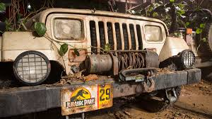 jurassic world jeep image original jurassic park jeep front jpg jurassic park wiki