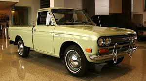 japanese nissan pickup classic truck award in texas goes to 1972 datsun pickup medium
