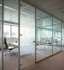 cloison bureau occasion cloison fixe en aluminium vitrée de bureau aere codutti