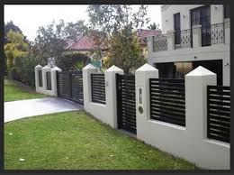 Modern House Fence Designs
