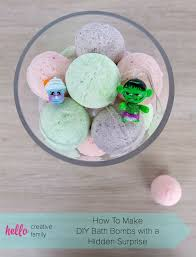 how to make diy bath bombs with a toy hidden inside