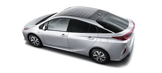 toyota hybrid toyota brings back the solar panel on the plug in prius prime