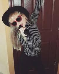 Taylor Swift Halloween Costume Ideas Http Timykids Com Taylor Swift Halloween Costumes For Kids Html