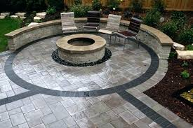 Block Patio Designs Backyard Patio With Pavers Designandcode Club