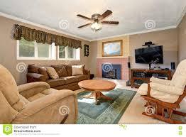 Wohnzimmer Ideen Braunes Sofa Ideen Wohnzimmer Braune Couch Ruaway Com Braune Couch