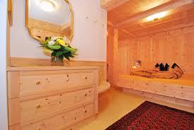 Schlafzimmer Zirbe Zirbenbetten Zirbenbett Metallfrei Aus Südtirol Gesundheit Aus
