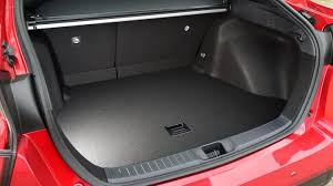 toyota prius luggage capacity toyota prius hatchback practicality boot space carbuyer