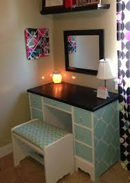 Turquoise Vanity Table Butaco Para El Peinador Decoracion Sala Pinterest Painted