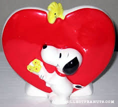 heart shaped piggy bank 209 best peanuts valentines day images on peanuts