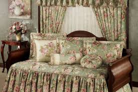 Design For Daybed Comforter Ideas Daybeds Bedroom Daybed Covers And Bedding Sets With Standing