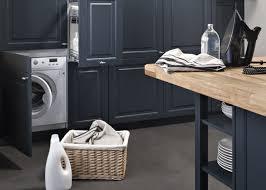 machine a laver dans la cuisine cuisine ouverte camouflez votre électro darty vous