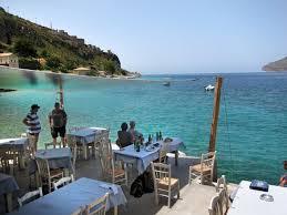 best fish restaurant in limeni taverna takis griechenland
