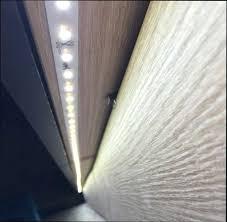 led sous meuble cuisine led sous meuble ruban led sous meuble de cuisine luminaire led sous