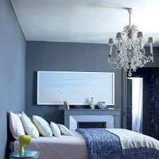 chambre peinte en bleu lustre bleu pour chambre ado