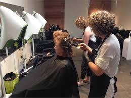 diva curl hairstyling techniques curl culture devacurl salon and new academy in culver city ca