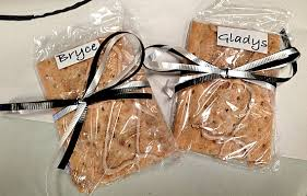 wedding favors for kids here comes the children your wedding smart kids 101