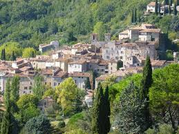 location siege auto aix en provence top hilltop perched villages in provence