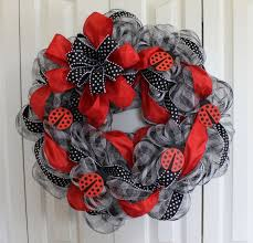 1150 best mesh wreaths wreaths garland images on