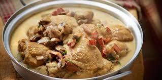 cuisiner un coq au four coq au vin facile facile et pas cher recette sur cuisine actuelle