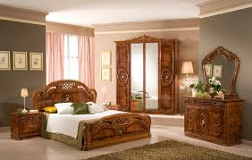 Bedroom Furniture Sets 2013 Atmosphere In The Bedroom Design With A Classic Furniture Is