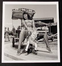 bettie cheesecake photo riding pony tippi toes