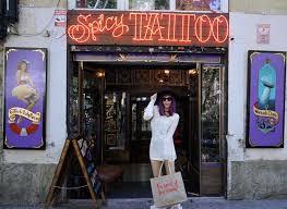 guide to el raval barcelona hipster district street art