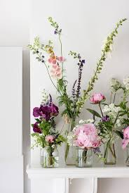 flower arrangements ideas the 25 best easy flower arrangements ideas on diy