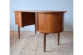 S Shaped Desk Mid Century Teak Kidney Shaped Desk 1950 S Vinterior