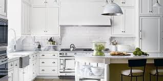 kitchen island ova equipped chairs for backsplash whit brick use