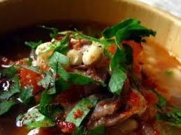 cuisiner la queue de boeuf bouillon de queue de boeuf au paprika fumé recette ptitchef