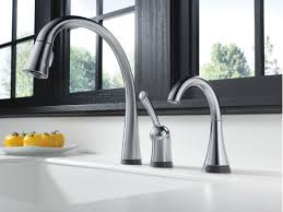 Electronic Kitchen Faucets Faucet Com 980t Ar Dst In Arctic Stainless By Delta